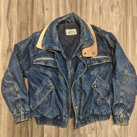 Vintage 90s Ash Creek Light Wash Denim Button Up Shirt